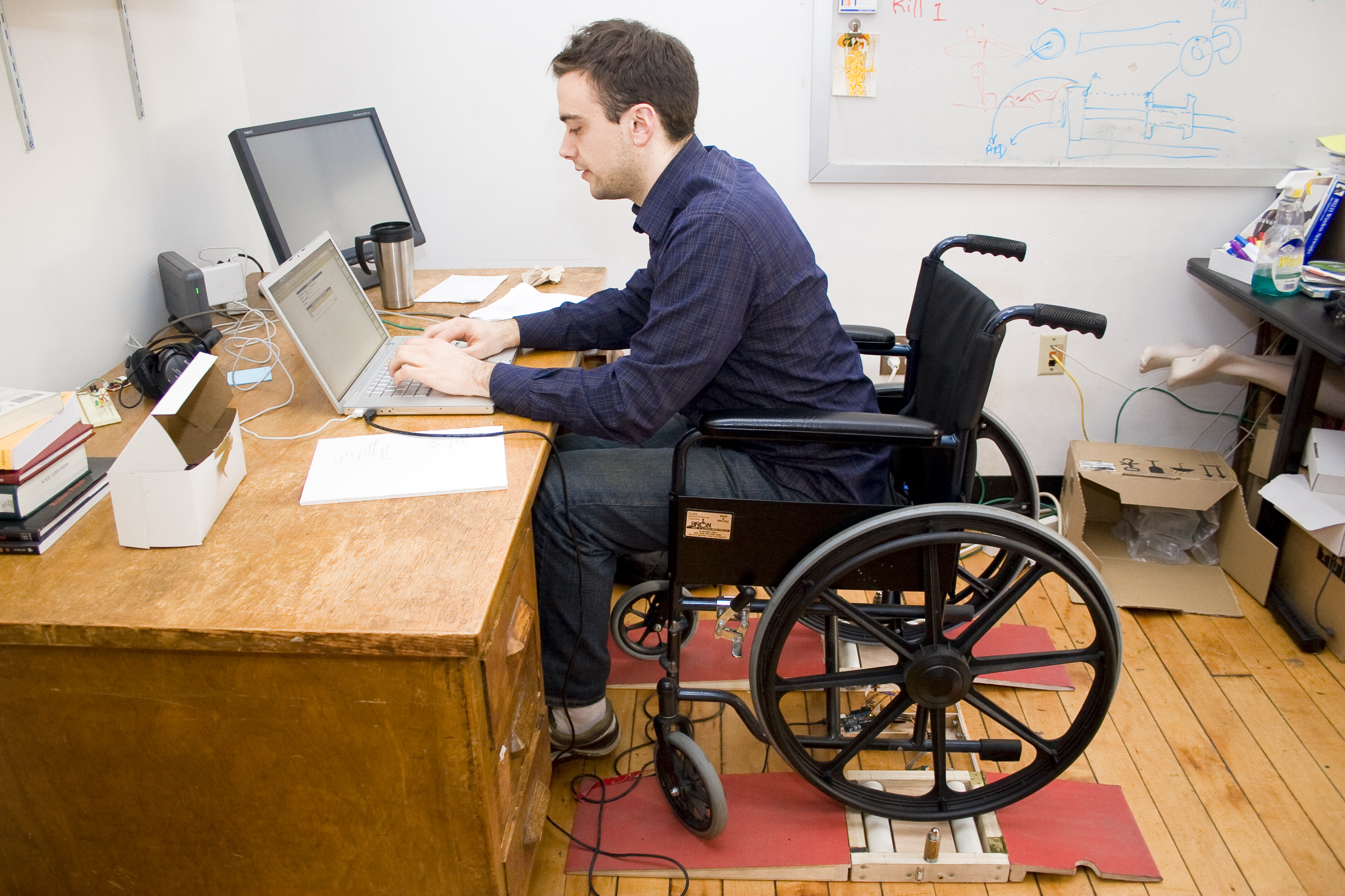 How Much Can I Earn and Still Collect SSDI?